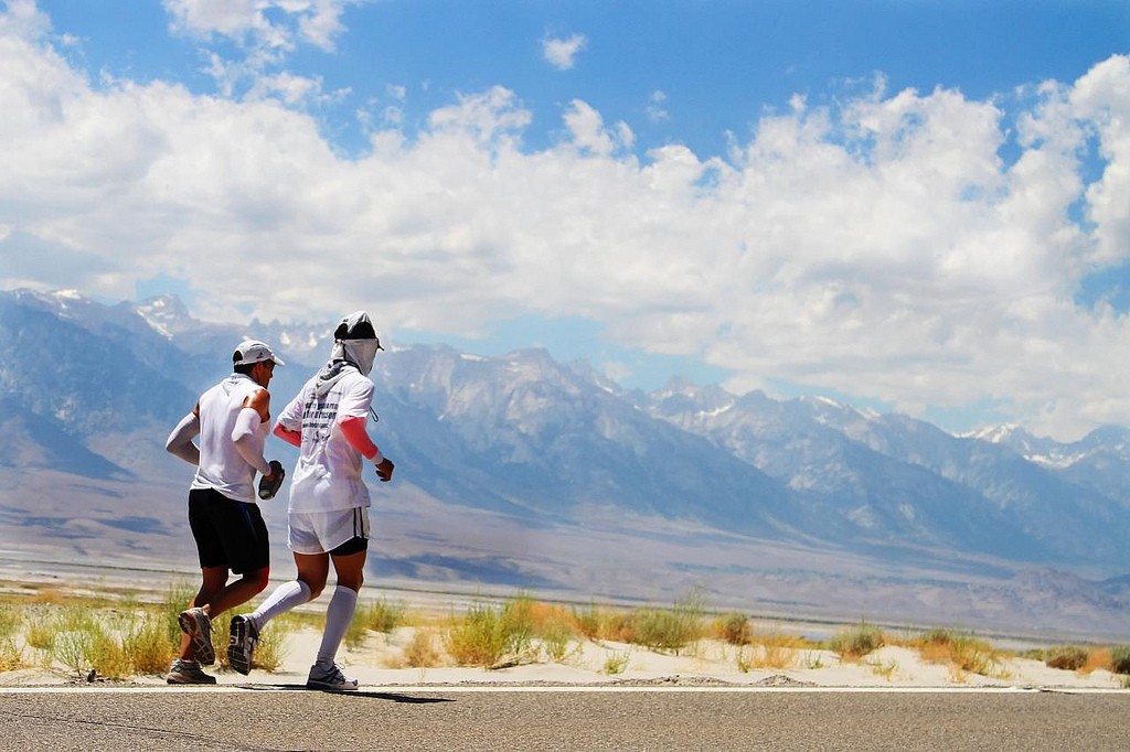 Badwater 2010.running with Jimmy.Gareth Mackay